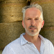 Porträt von Ralf Schroeder auf dem Hof Schroeder
